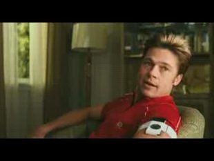 Brad Pitt i jego seksowna fryzura