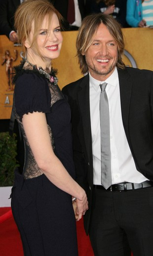 Pierwsze zdjęcie nowo narodzonej córki Nicole Kidman! (FOTO)