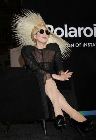 Lady Gaga została twarzą Polaroid (FOTO)