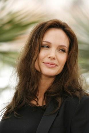 Angelina ma chłopca i dziewczynkę