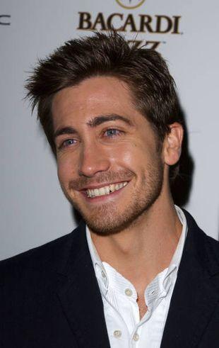 Jak wymawia się nazwisko Jake'a Gyllenhaala? (VIDEO)