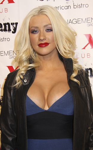 Chirstina Aguilera robi się na pannę Kardashian