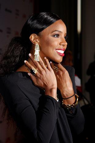 Kelly Rowland robi się na Beyonce? (FOTO)