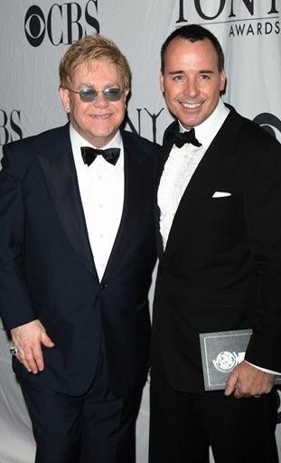 Elton John: Kim Kardashian to jakaś stara dziwka!