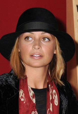 Nicole Richie - świeża buzia, luźny styl (FOTO)