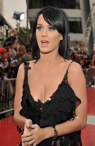 Ojciec Katy Perry: Russell jest miłym chłopakiem
