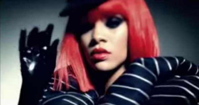 Rihanna w nowym klipie Rock Star (FOTO + VIDEO)