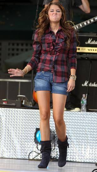 Miley Cyrus jako kowbojka (FOTO)