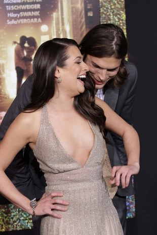Ashton Kutcher flirtuje z Lea Michele (FOTO)