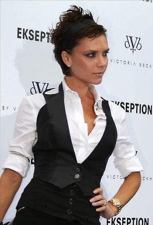 Victoria Beckham w reklamie bielizny Emporio Armani