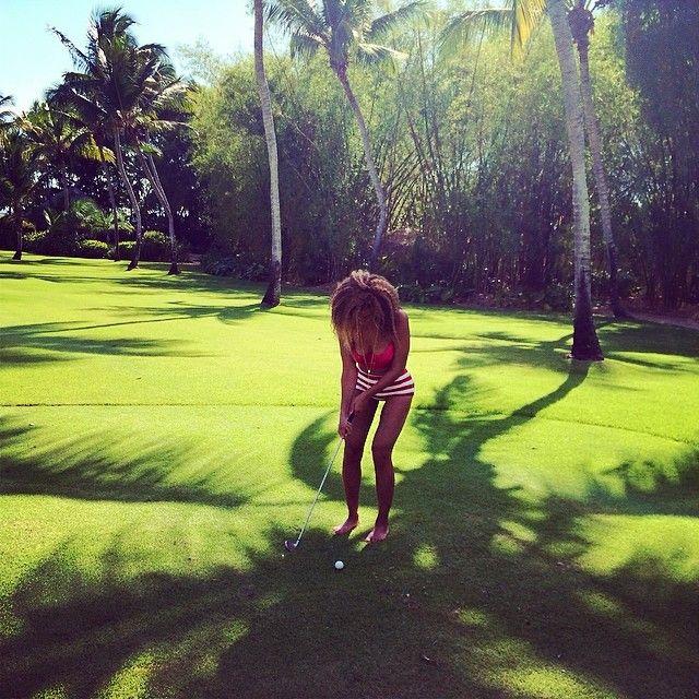 Beyonce z wyretuszowanymi udami