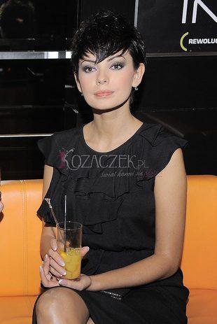 Dorota Gardias - piękna, ale dlaczego taka poważna? (FOTO)