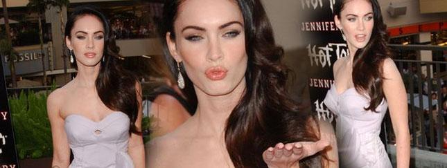 Megan Fox w szarościach (FOTO)