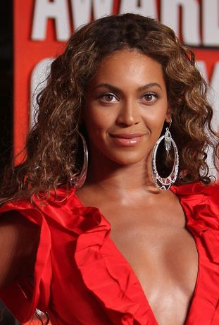 Tina Knowles: Moja córka nie jest w ciąży!