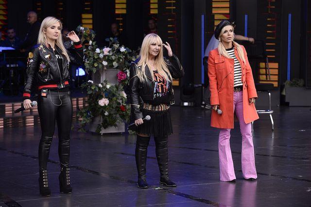 Doda na próbie przed koncertem w Opolu 2017