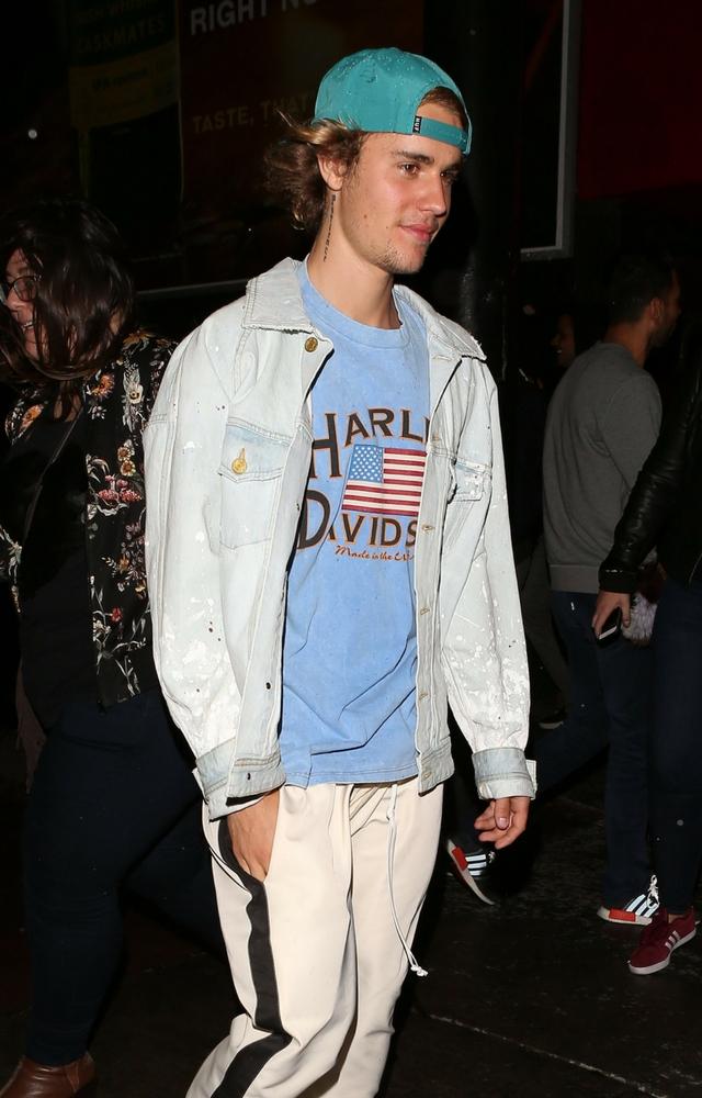 Justin z blondynką spędził noc!