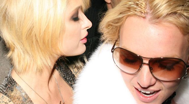 Paris Hilton po latach opowiada, co pewnej nocy zrobiła Lindsay Lohan