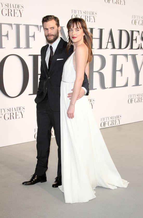 Jamie Dornan rozerwany między żoną a Dakotą Johnson (FOTO)