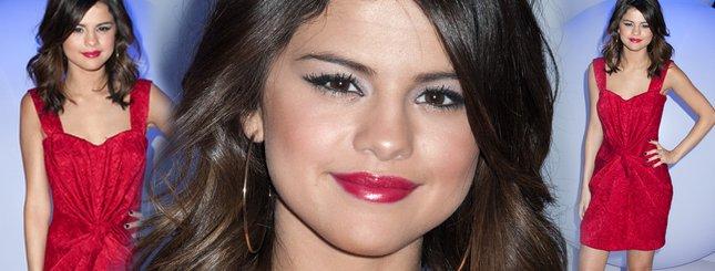 Selena Gomez już nie jest małą dziewczynką (FOTO)