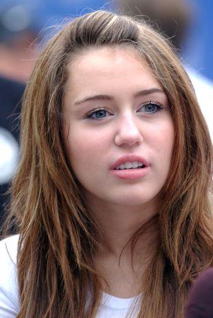 Autokar Miley Cyrus miał wypadek!