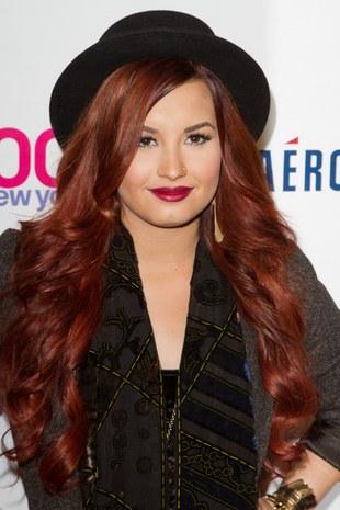 Demi Lovato z pazurem (FOTO)