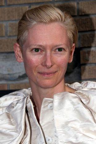 Tilda Swinton jest teraz blondynką (FOTO)