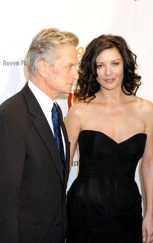 Michael Douglas: Przy Catherine muszę brać Viagrę!