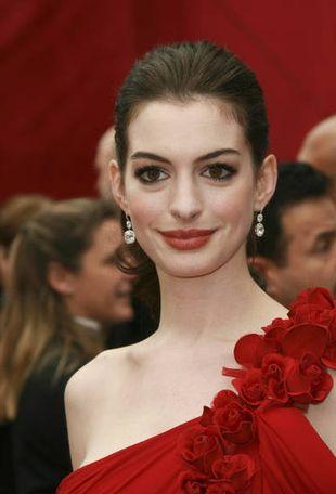 Anne Hathaway jest gruba, ale się nie przejmuje