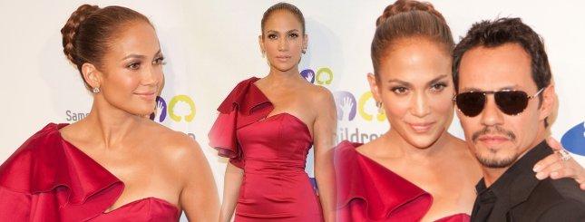 Jennifer Lopez seksowna w czerwieni (FOTO)