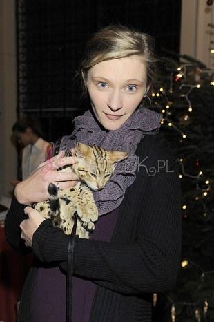 Celebryci pomagają zwierzętom (FOTO)