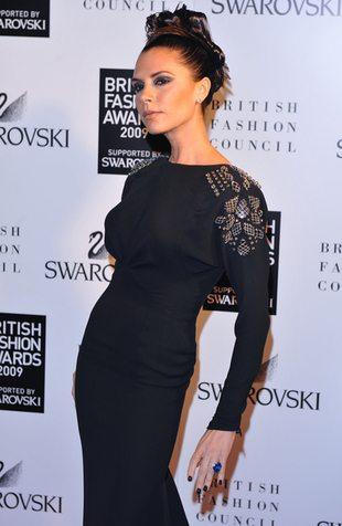 Victoria Beckham w nowej fryzurze (FOTO)