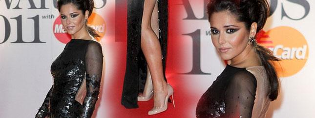 Cheryl Cole zmienia się w Kim Kardashian (FOTO)