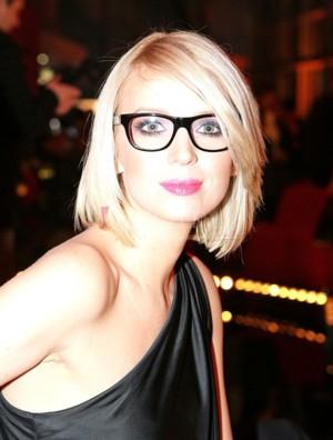Magda Mołek i jej ogromne okulary (FOTO)