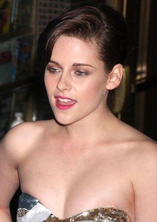 Kristen Stewart żałuje porównania sławy do gwałtu