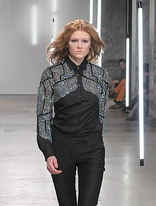 Vera z Top Model na pokazie mody Mariusza Przybylskiego FOTO