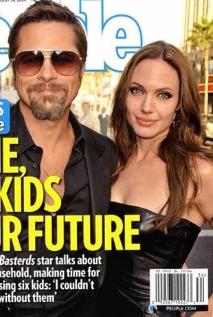 Angelina Jolie korzysta z usług medium