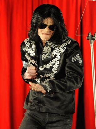 Szczegóły na temat śmierci Michaela Jacksona