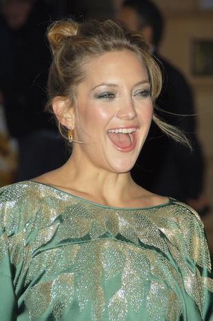 Kate Hudson wysysa mężczyzn