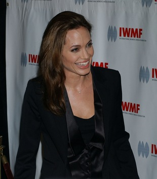 Angelina Jolie robi zakupy