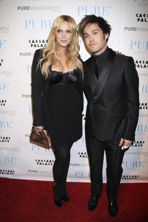 Ashlee Simpson i Pete Wentz sylwestrowo (FOTO)