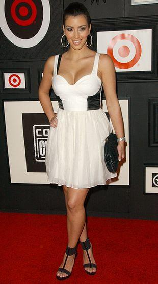 Kim Kardashian nie pokaże się bez sztucznych rzęs