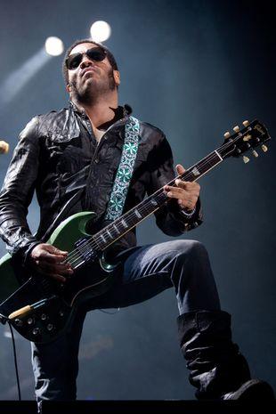 Lenny Kravitz nago! (FOTO)