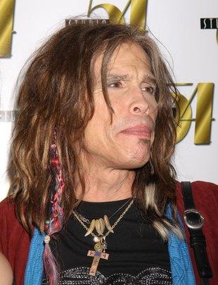 Steven Tyler jest uzależniony od środków przeciwbólowych