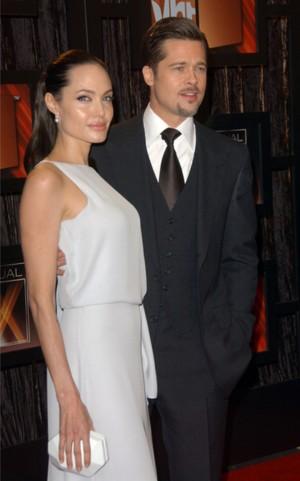 Przylizany Brad Pitt i świecąca się Angelina Jolie (FOTO)