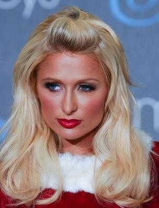 Paris Hilton wierzyła w Mikołaja do 16 roku życia