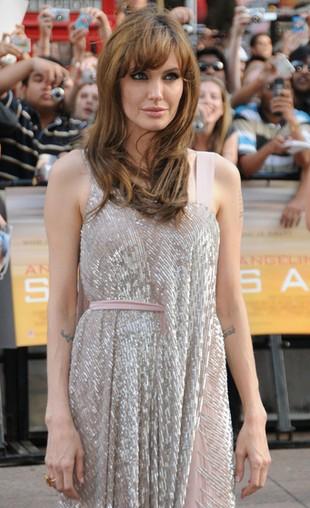 Angelina Jolie zbierała zdjęcia trupów!