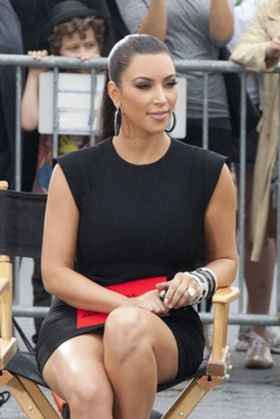 Kim Kardashian wybierze suknię ślubną od Very Wang?