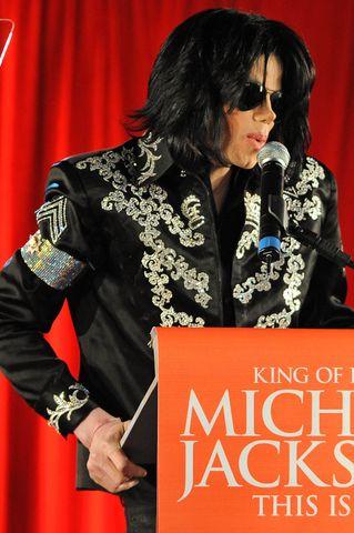 Michael Jackson ma raka skóry