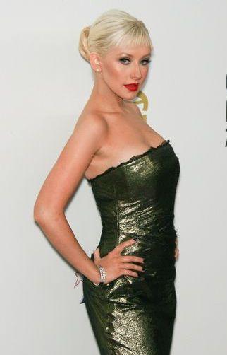 Christina Aguilera wygląda... mniej plastikowo (FOTO)