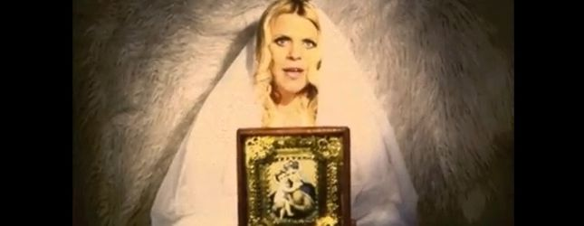 Marysia Sadowska pokazuje goły brzuszek [VIDEO]